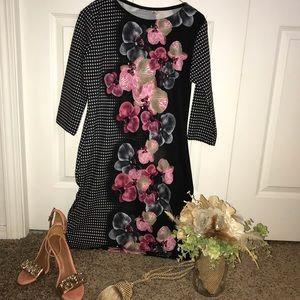 Dresses & Skirts - 💕🖤Beautiful orchid long sleeve dress